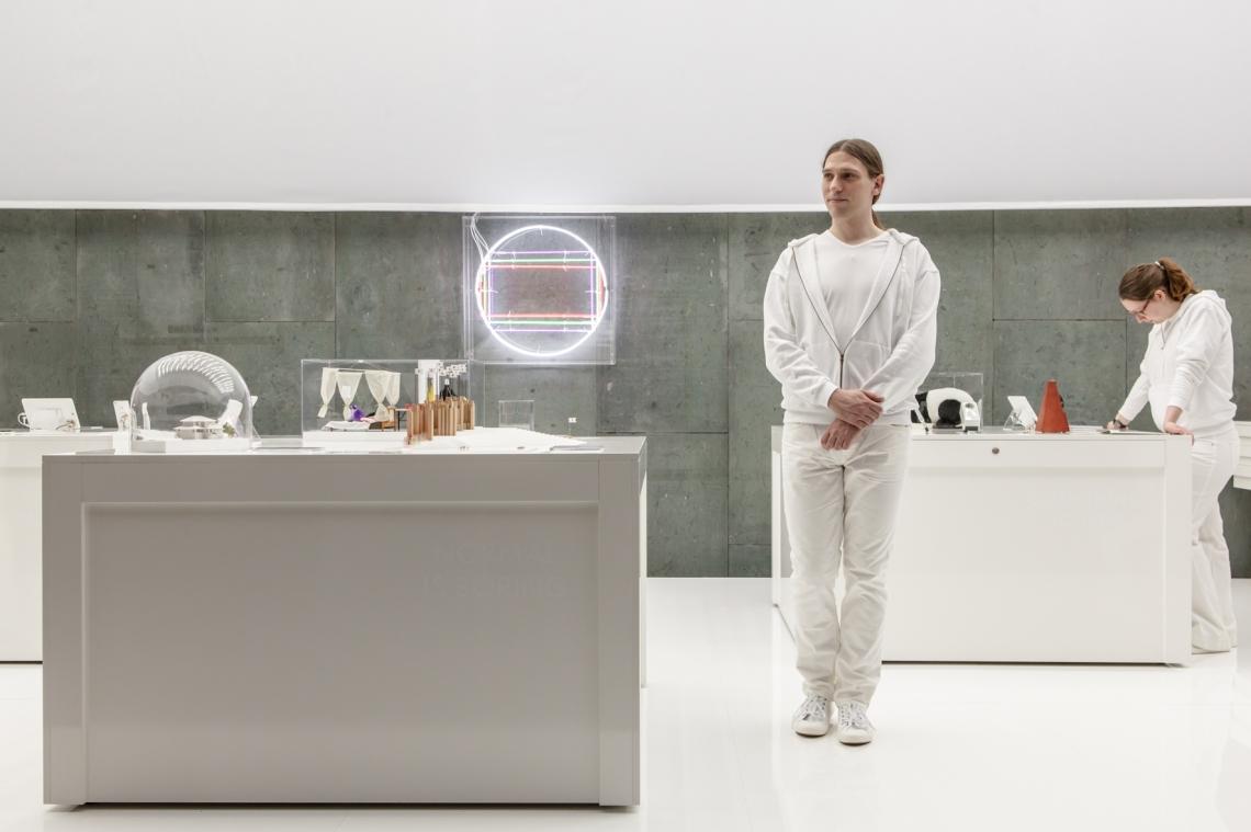 nervoese systeme_white room_c_laura fiorio_2.jpg